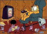 Игра Гарфилд у телевизора