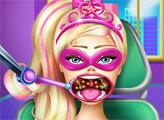 Игра Больное горло Супер Барби