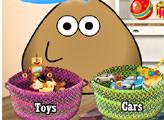 Игра Поу моет игрушки
