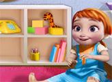 Игра Эльза играет с маленькой Анной