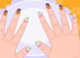 Игра Малышка Барби и сумасшедший маникюр