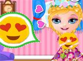 Игра Малышка Барби делает подушки- смайлики