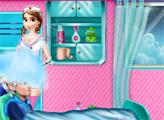 Игра Эльза столкновение в больнице