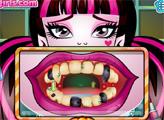Игра Дракулаура у дантиста